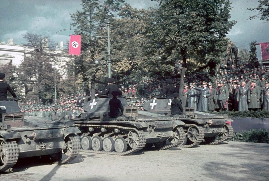Парад вермахта после победы над Польшей