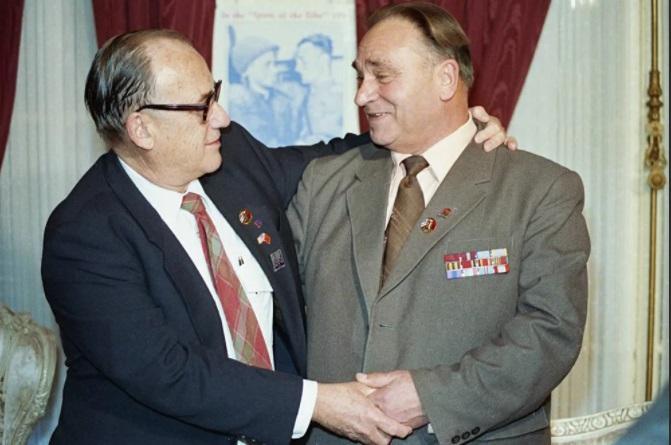 Послевоенная встреча Робертсона и Сильвашко