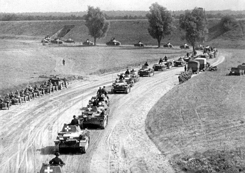 Немецкие войска и их бронетехника в Польше
