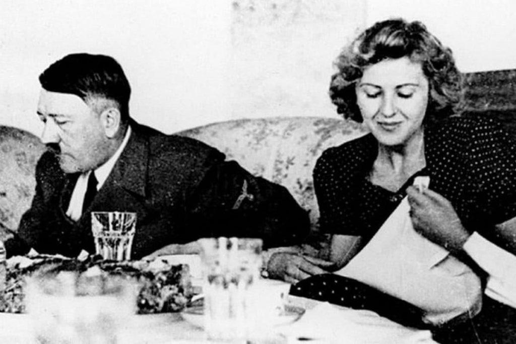 Фото Евы Браун с Гитлером