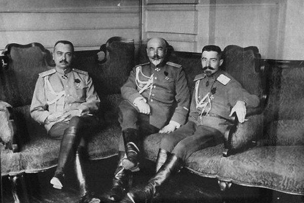 Генералы Юзефович, Деникин и Марков