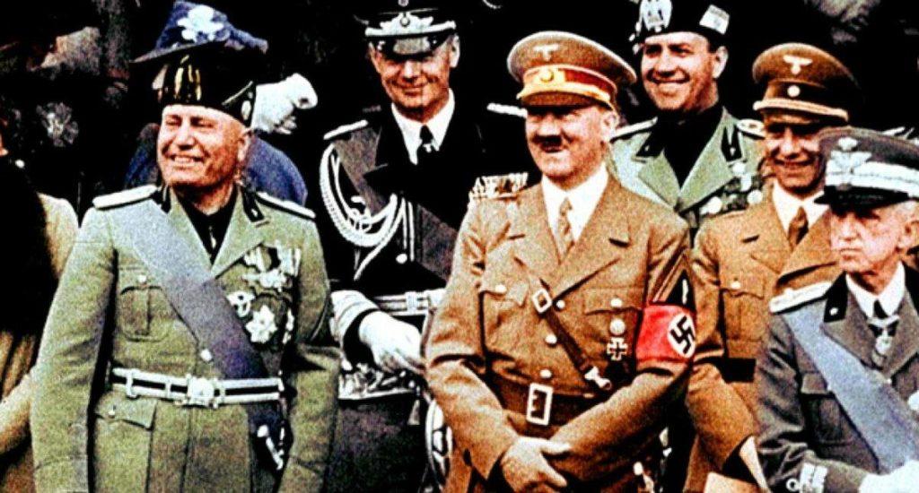 Фото Гитлера и Бенито Муссолини