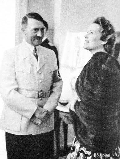 Адольф Гитлер и Ольга Чехова