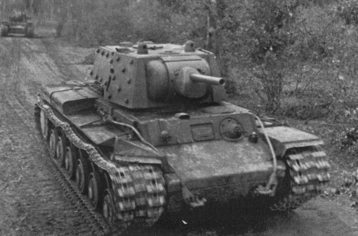 Фото советского танка КВ-1