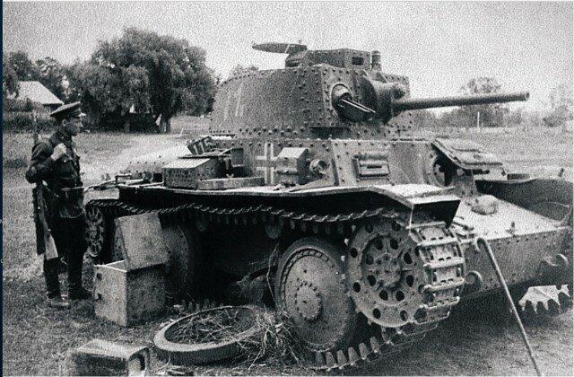 Разбитый немецкий танк