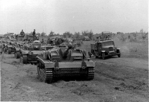 Немецкая техника движется в сторону Сталинграда