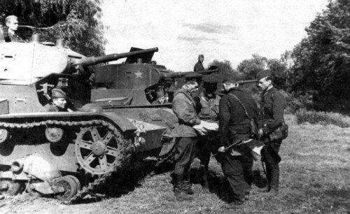 Советские войска и танки Т-26