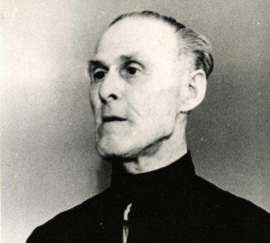 Портрет Клыч-Гирей в зале суда