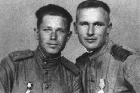 Портрет Ивана Новохацкого слева