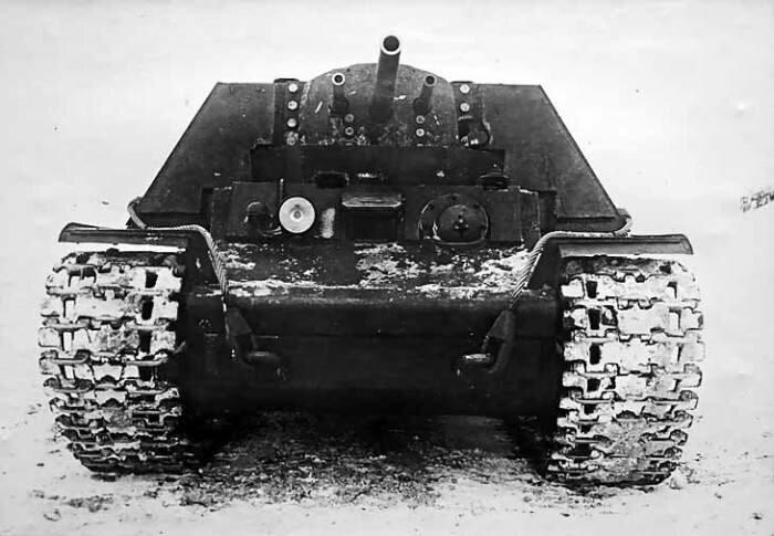 Образец танка КВ-7