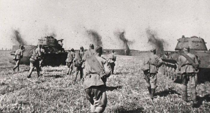 Солдаты РККА под Курском