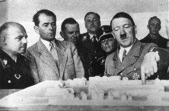 Гитлер разрабатывает план наступления на СССР