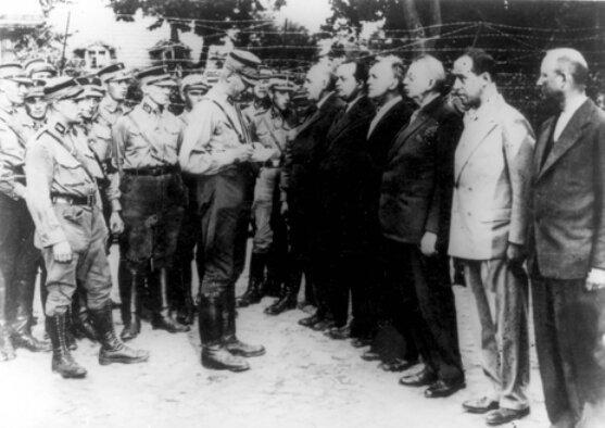 Арест коммунистов Германии