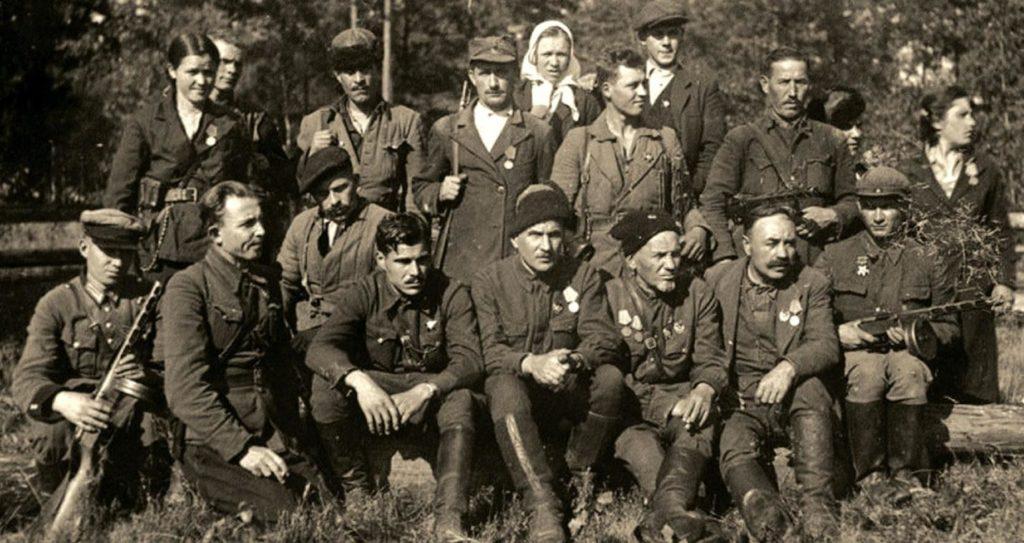 Ковпаковцы и их командир