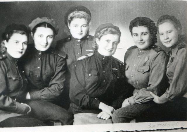 Военфельдшер Лидия Захарова