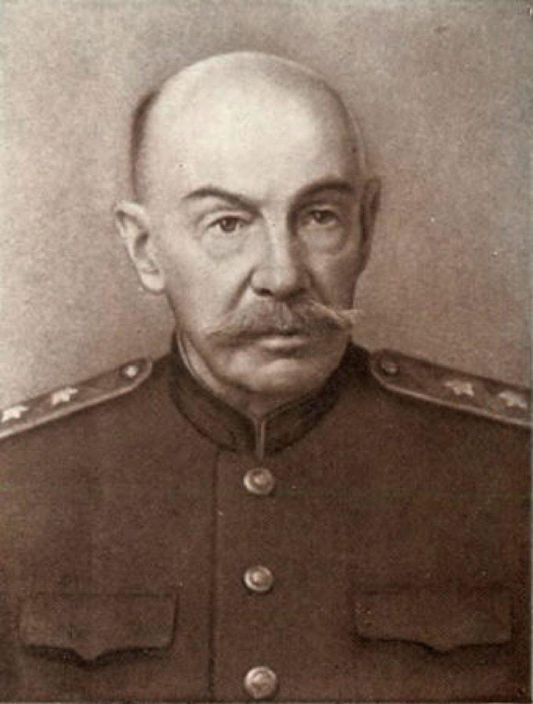 Генерал-лейтенант Бонч-Бруевич М.Д.