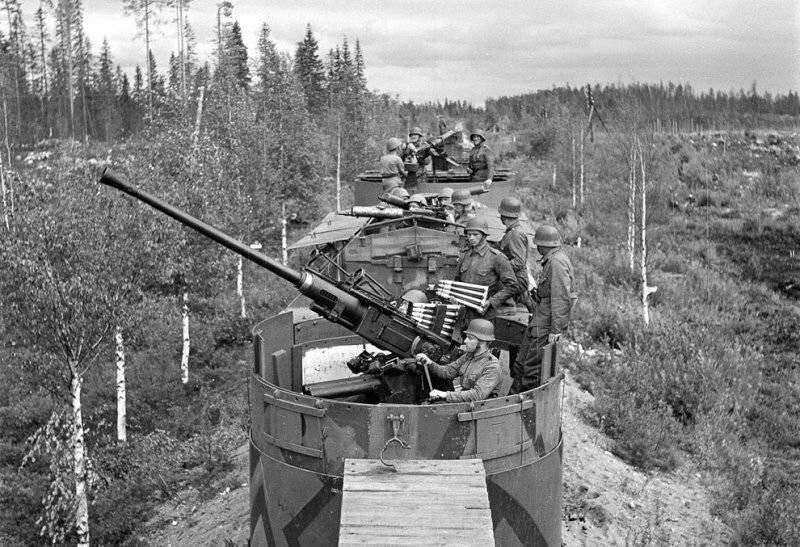 Поезд с броней из Финляндии