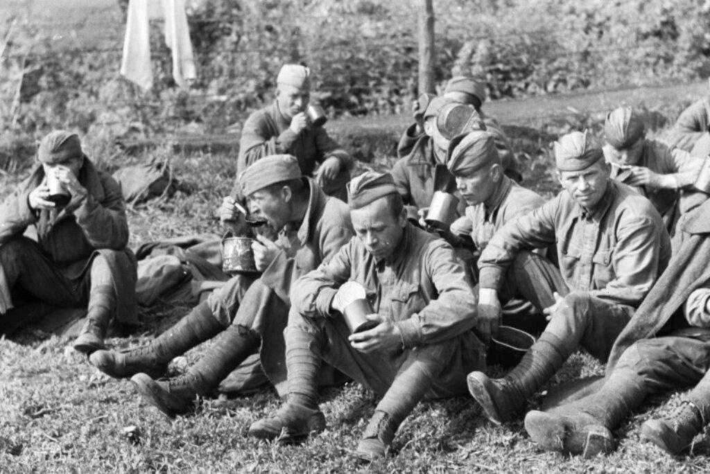 Советские солдаты в плену на Восточном фронте