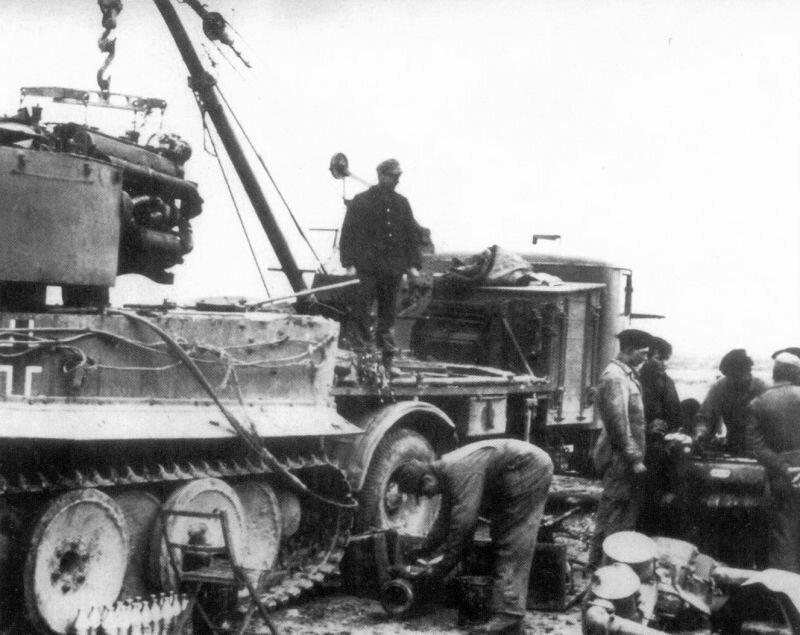 Ремонт немецкого танка Тигр