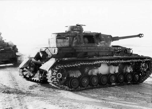 Немецкий танк, дорога в Сталинград