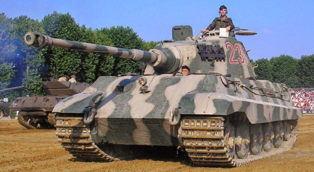 Образец немецкого танка Т-VII «Королевский тигр»