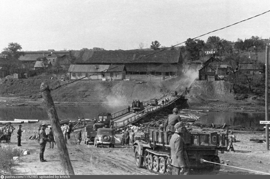 Немецкие войска в городе Смоленск