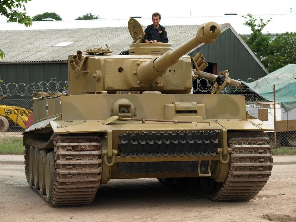 Образец танка Т- VI «Тигр-I»