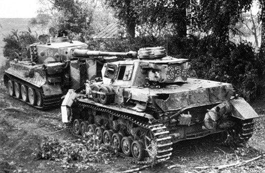 Танки Вермахта незадолго до Курской Битвы