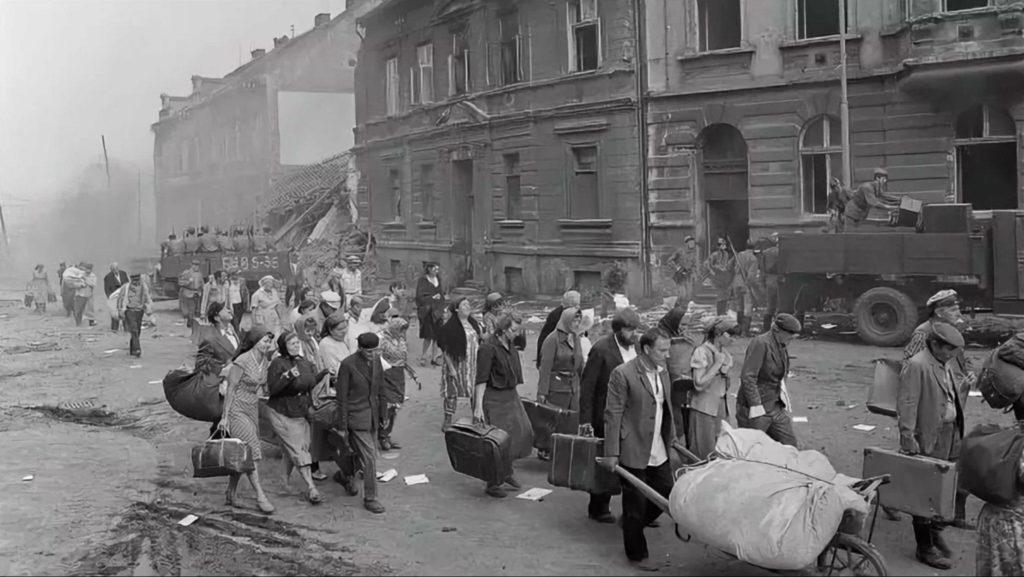Жители Москвы бегут из города