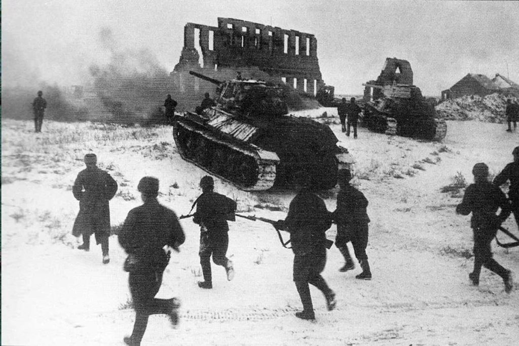 Атака солдатов Красной Армии в Сталинграде